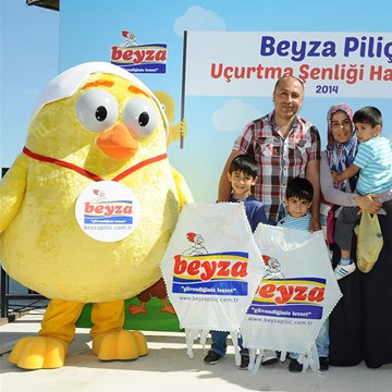 CHICKS - BEYZA PİLİÇ 2